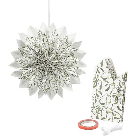 weihnachts bastel material sterne aus papiert 252 ten gr 252 n wei 223 sterne aus papiert 252 ten basteln sterne aus papier basteln