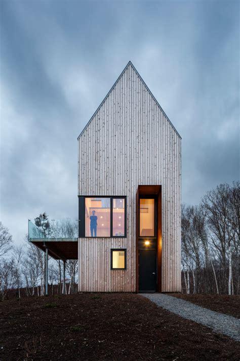 tall  narrow wooden cabin house  nova scotia digsdigs