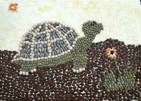 gambar kolase kura kura  biji kacang hijau  kedelai
