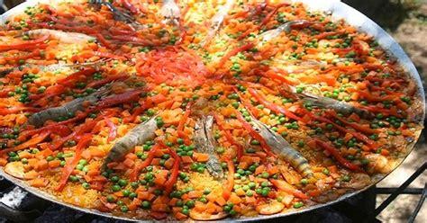 la cuisine espagnole exposé recette pour une paella géante espagne facile
