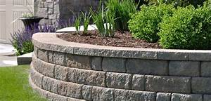 Simple fresh grass right for captivate retaining wall