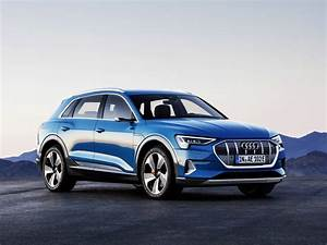 Audi E Tron : with the e tron audi shows what an electric suv can be ~ Melissatoandfro.com Idées de Décoration