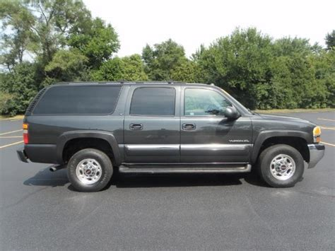 how can i learn about cars 2004 gmc sierra 1500 interior lighting 2004 gmc yukon xl 2500 slt with autoride 1 owner runs great 8 1 motor