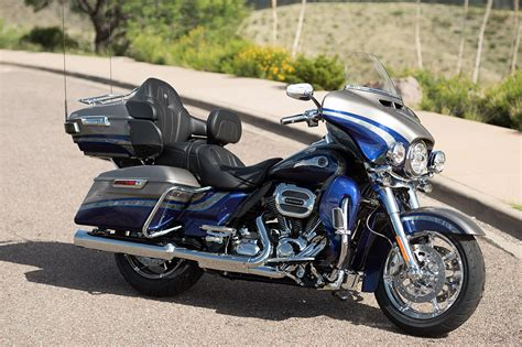 Harley Davidson Cvo Limited Image by Discover The 2016 Harley Davidson Cvo Limited
