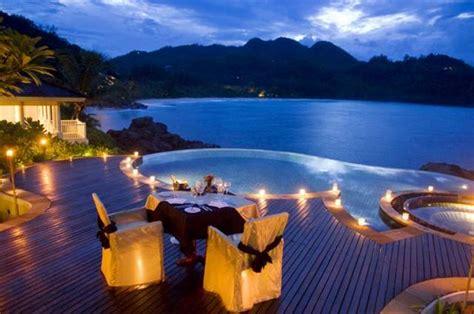 luxury hotel  seychelles ladies mails