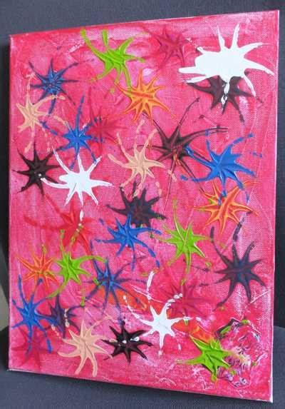 leinwand mit kindern gestalten kinder malen auf der leinwand ein farbenfeuerwerk
