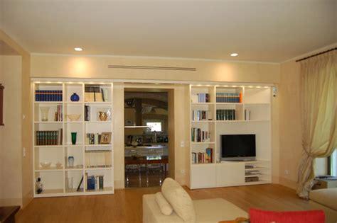 Armadio Libreria Soggiorno ~ Idee per il design della casa