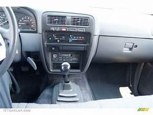 1994 Nissan Hardbody Truck Xe Regular Cab 5 Speed Manual