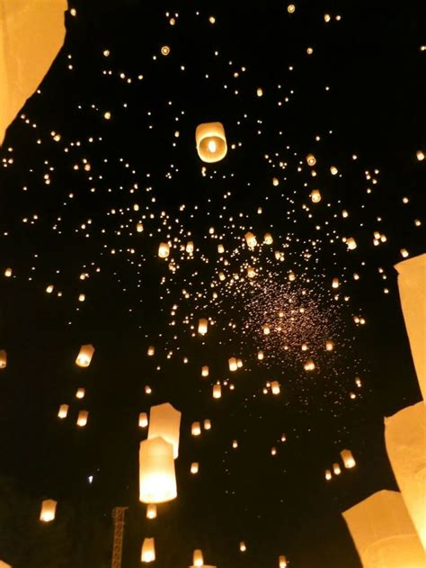 the 25 best ideas about flying paper lanterns on lanterns wedding floating