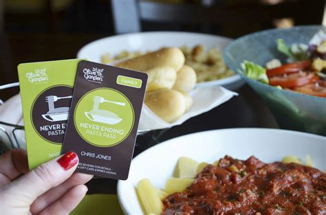 olive garden pearland olive garden to offer never ending pasta pass again