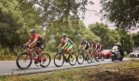 La 102.ª edición del giro de italia se celebró entre el 11 de mayo y el 2 de junio de 2019 e inició con una contrarreloj individual en la ciudad de bolonia y finalizó con otra contrarreloj individual en la ciudad de verona en italia. Clasificación general de la sexta etapa del Giro de Italia   KienyKe