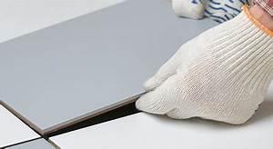 Astuce Enlever Plinthes Carrelage Sur Cloisons : poser un carrelage au sol carrelage wikimat ~ Melissatoandfro.com Idées de Décoration