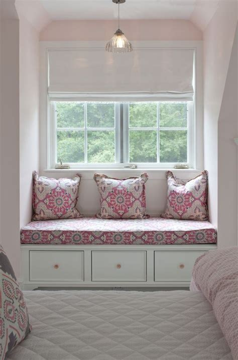 Bedroom Window Seat   Marceladick.com