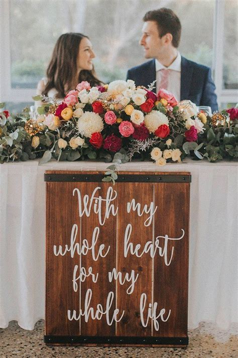 15 Romantic Wedding Sweetheart Table Decoration Ideas