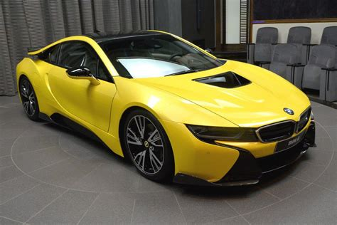 BMW M2 in Individual Austin Yellow