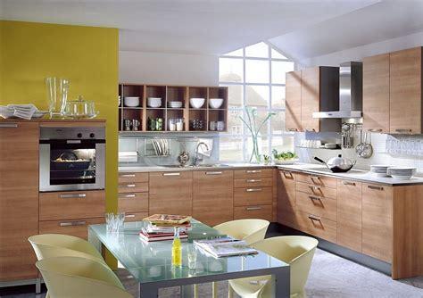 cocina en  de madera de cerezo plateada