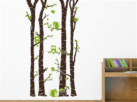 Wandtattoo Kinderzimmer Wald by Wandtattoo Wald Mit Waldbewohnern Und Bl 228 Ttern