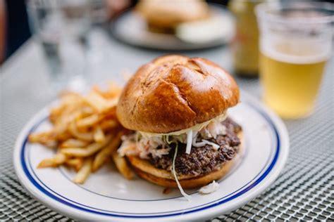 burgers sandy chicago edition noto
