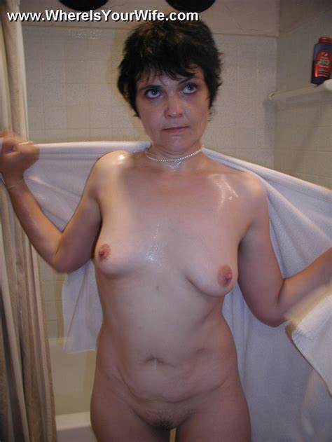 Mature Nude Russian Mom Exposing Her Body A Xxx Dessert Picture