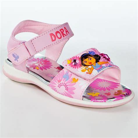 girls light up sandals nwt dora the explorer light up sandals sizes