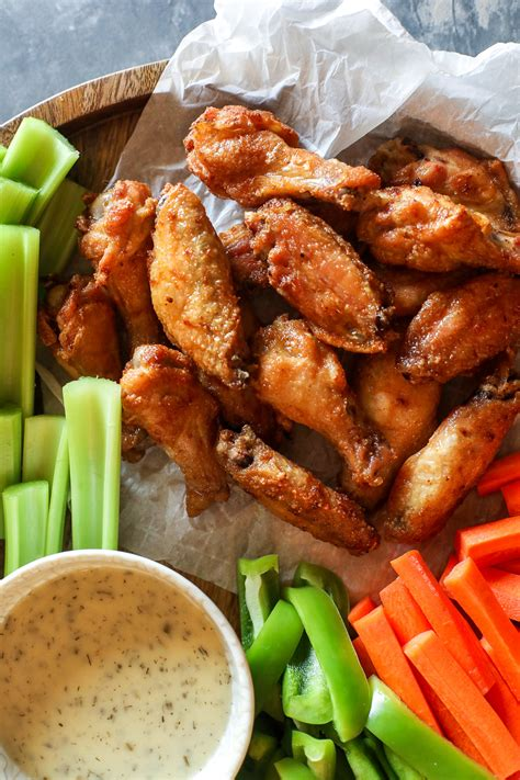 I paid $3.99/lb for the wings at my local supermarket. Costco Garlic Chicken Wings / Pinty S Pub Grill Salt And ...