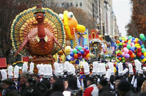 nyc ferguson protesters arrested en route  thanksgiving