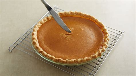 how to make pumpkin pie from scratch how to make pumpkin pie from scratch from pillsbury com