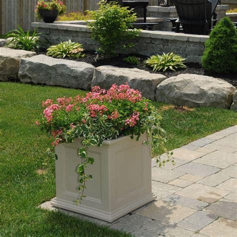 mayne planters pots planters garden center the