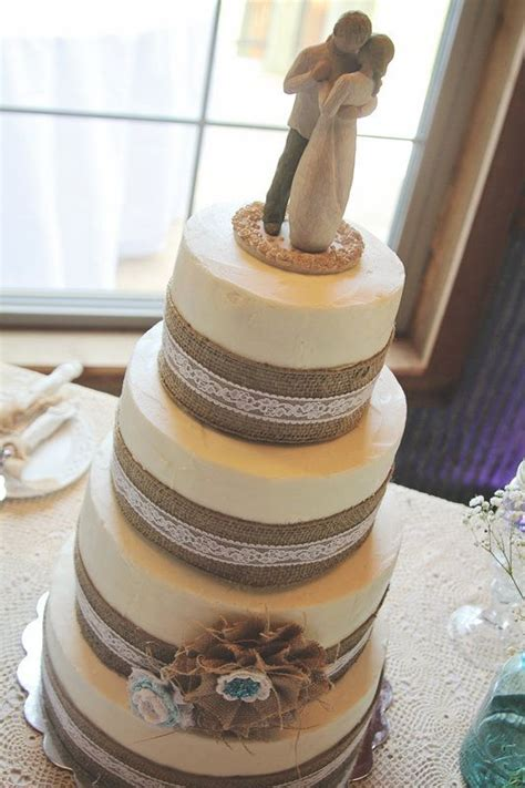 Burlap And Lace Wedding Cake Wedding Day Pinterest