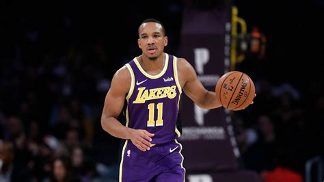 Avery Bradley will not join the Lakers in the NBA's ...