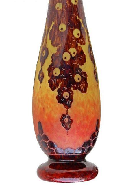 grand vase art deco signe le verre francais   cm