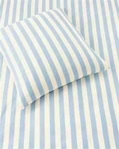 Bettwäsche Blau Weiß Gestreift : bettw sche blaue blume f r sie auf ~ Watch28wear.com Haus und Dekorationen