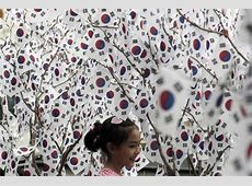 Koreans celebrate Liberation Day amid presidential call