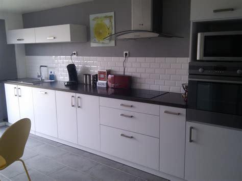deco cuisine cuisine blanche et 1 deco cuisine gris et blanc