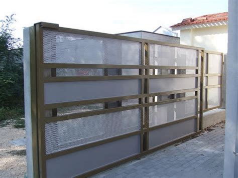 As a voluntary supply chain security program based on trust, ctpat is open to members of the trade community who can demonstrate excellence in supply chain security practices and who have had no significant security related events. Remote Control Gates - Motorized Compound Sliding Gates Manufacturer from Bengaluru
