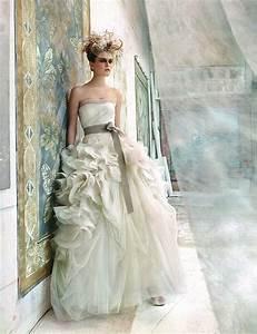 vera wang hayley size 2 wedding dress oncewedcom With used vera wang wedding dresses