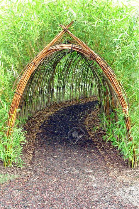 Garden Arch Tunnel by Chicken Tunnel Search Diy Repairing Garden