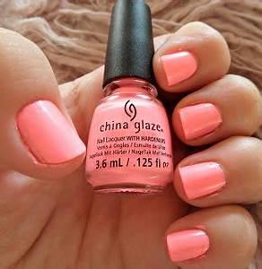 Luscious Lass 40 s NOTD feat China Glaze Shocking Pink