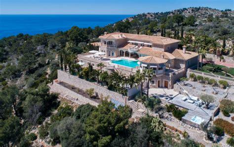 luxury mountaintop villa  mallorca spain homes   rich