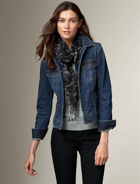 Womenu0026#39;s Denim Jacket Style | Famous Outfits - Women