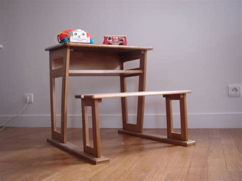 bureau bébé 2 ans bureau pour enfant 6 7 ans avec tiroir caisson le