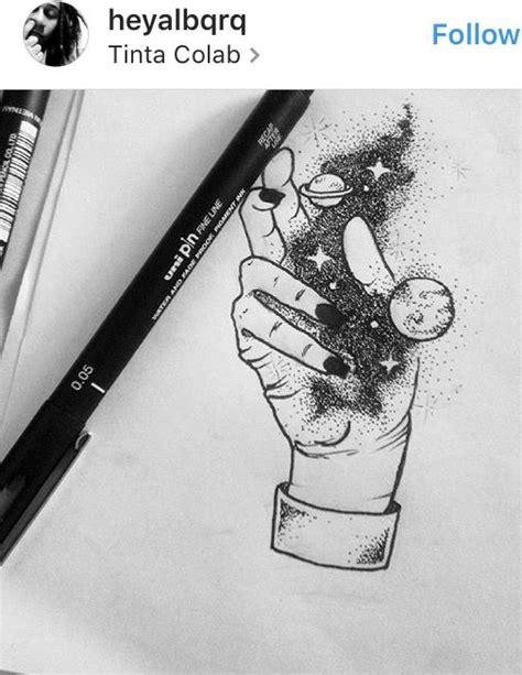 Galaxy hand | Art/Drawing | Small tattoos, Galaxy drawings, Universe tattoo