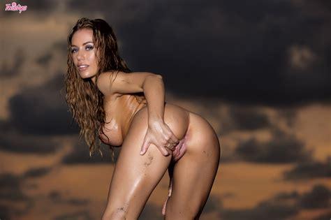 Beautiful Nicole Aniston Nude On A Beach At Sunset Of