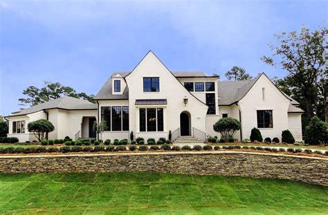 Custom Luxury Homes By Loyd Builders