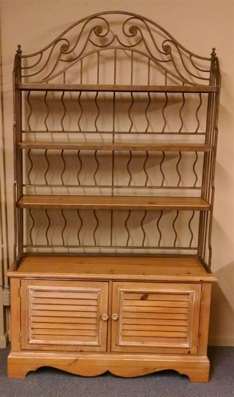 pine bakers rack delmarva furniture consignment