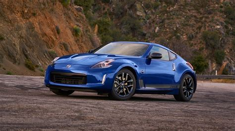 2019 Nissan 370z Gets New Colors And Starts At $30,875