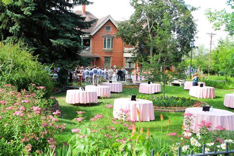 historic callahan house and garden wedding ceremony