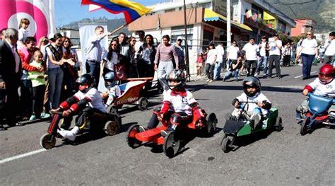 Los juegos tradicionales se tomaron santo domingo. Juegos Tradicionales De Quito Coches De Madera - Taller La Polilla: JUEGO TRADICIONAL DE EL SAPO ...