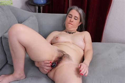 Grey Haired Granny Lexy Lou Toying Hairy Vagina While