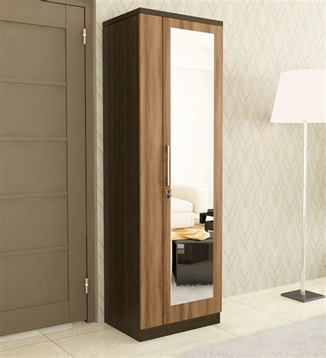 Places To Buy Wardrobes by 10 Simple New Bedroom Wardrobes With Pictures In India